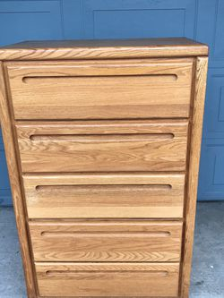 SOLID WOOD DRESSER for Sale in Vancouver,  WA