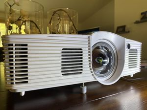 Optoma GT1080 Darbee Short Throw Gaming Projector for Sale in Ravensdale, WA