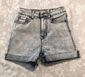 BDG High Rise Shorts size 24 for Sale in Seattle, WA