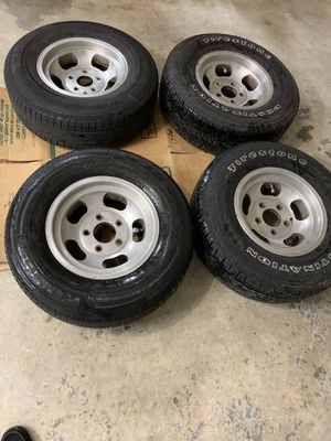 1960's wide 5 slotted mag wheels with two almost new tires! for Sale in Puyallup, WA