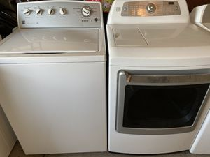 Kenmore washer and dryer electric for Sale in Phoenix, AZ
