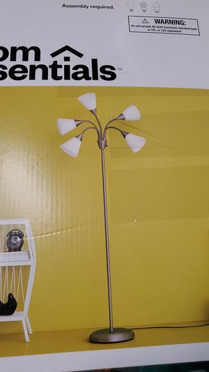 Floor lamp 20.00ea for Sale in Bakersfield, CA