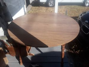 Formica Dining table for Sale in Gastonia, NC