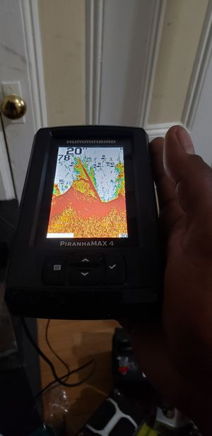 Humminbird piranhamax 4 fish finder and depth for Sale in Queens, NY
