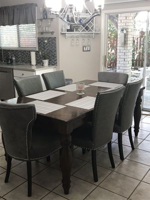 Beautiful wooden table with six chairs. for Sale in San Antonio, TX