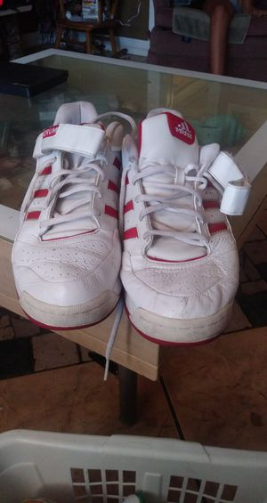 Adidas size 10 in men for Sale in Mesa, AZ