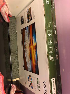 32 inch vizio smart tv for Sale in Riverside, CA
