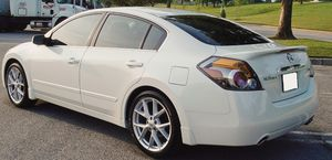 Dual Exhaust,2007 Nissan Altima!! for Sale in Chicago, IL
