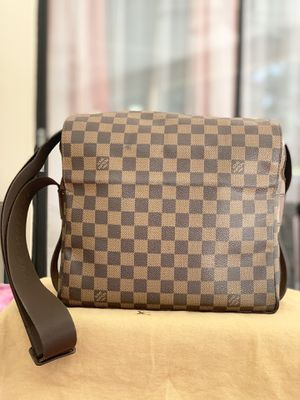Authentic Louis Vuitton Damier Ebene Naviglio Mesenger Bag for Sale in Tampa, FL