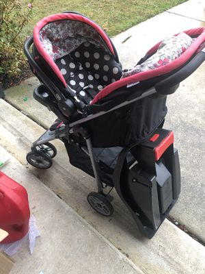 Minnie Mouse Stroller with Car seat base for Sale in Sicklerville, NJ