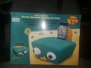 Perry-diculous stereo speaker system for ipod for Sale in Tacoma, WA
