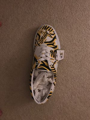 Vans size 22 shoe collectible for Sale in Snohomish, WA