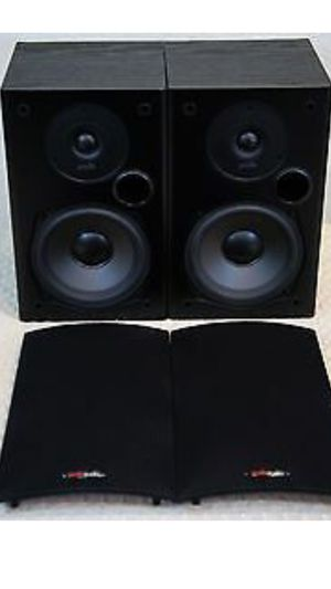 Polk Audio Speakers like new - hauppauge ny for Sale in Smithtown, NY
