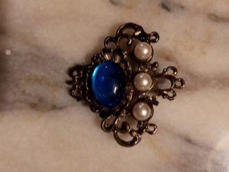 Brooch Pin Vintage for Sale in Zephyrhills,  FL