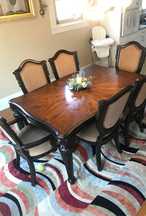 Dining room Table for Sale in Chambersburg, PA