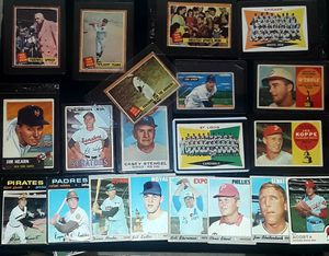 MIXED VINTAGE BASEBALL LOT for Sale in Turlock, CA