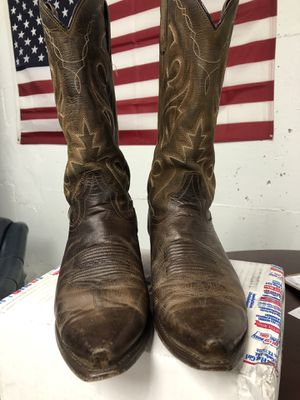 Cowboy Boots 100% Leather, size 10.5 Mens Brand: Circle G, unique great conditions. For only $130 for Sale in Alexandria, VA