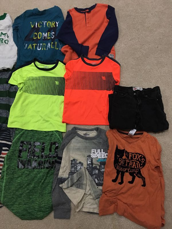 Boys clothes size 6-7 ( BIG LOT WINTER CLOTHING INCLUDED LEVIS JEAN EVERYTHING FOR $20)
