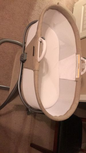Baby bassinet for Sale in Rolla, MO