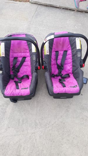 Car seat with base for Sale in Columbia, SC