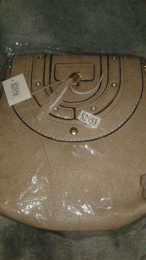 Crossbody purse for Sale in Miami Gardens, FL