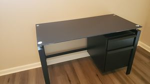 Small tempered glass desk for Sale in Dickinson, TX