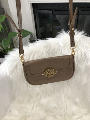 Authentic Tory Burch Small Shoulder bag handbag purse for Sale in El Cajon, CA