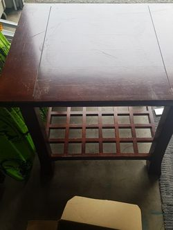 End Table for Sale in Bothell,  WA