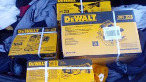 DeWalt tools circular saw with brake , angle grinder with brake ,jigsaw brushless 3 speed oscillating multi tool all xr brushless 20v for Sale in Stockton, CA