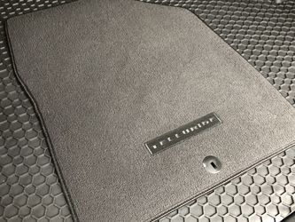 2021 Kia Telluride Floor Mats for Sale in Chesterfield,  MO