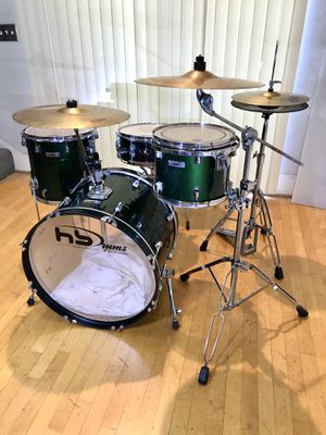 Taye RockPro Hardwood dark green jazz drum set Tama superstar snare Tama pedal Pulse hihat cymbals & pearl ride throne complete kit drums $375 in Ont for Sale in Montclair, CA
