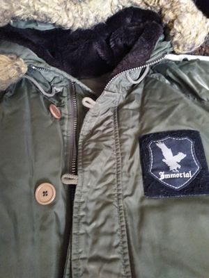 Juicy Couture parka green for Sale in Las Vegas, NV
