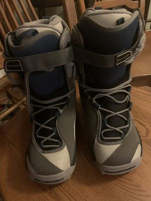 Salomon woman snowboarding boots for Sale in Clovis, CA