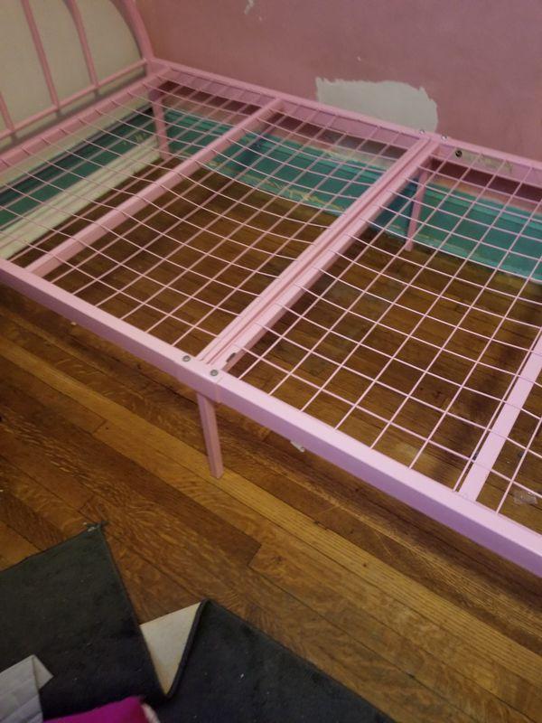 Twin Bed Frame & Mattress