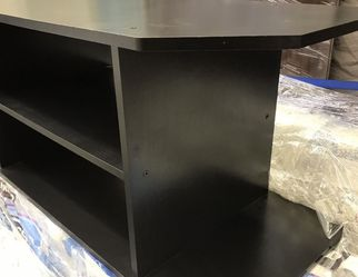 TV stand in good condition. for Sale in Anaheim,  CA