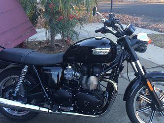 2014 Triumph Bonneville 57 Miles for Sale in Los Angeles,  CA