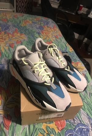 Yeezy 700 Wave Runners sz 11.5 for Sale in Fort Washington, MD