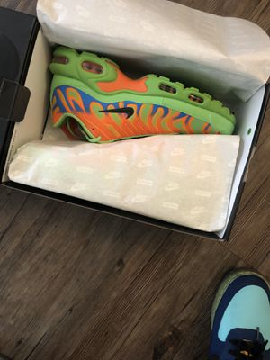 Supreme air max for Sale in Los Angeles, CA