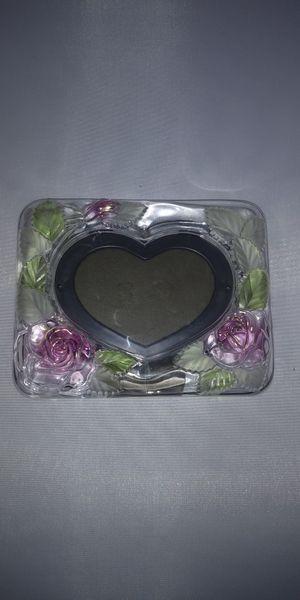 1990 Vintage Pink Rose Studio Nova Crystal Heart Picture Frame for Sale in Everett, WA