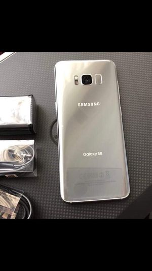 Samsung galaxy s8 - just like new with accessories + clean IMEI for Sale in Springfield, VA