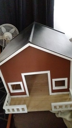 Dog house for small dog for Sale in Cicero, IL