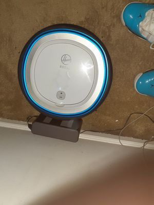 Hoover Rogue Bluetooth Smart Vacuum for Sale in Atlanta, GA