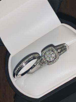 Modern bride two rings for Sale in Eastpointe, MI