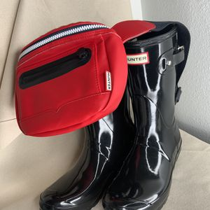 Hunter Bundle, Short Gloss Size 8 Women's Rain Boots Black, Red Fanny Pack for Sale in Gresham, OR