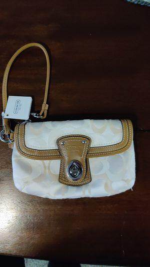 Coach wristlet for Sale in Chelan, WA