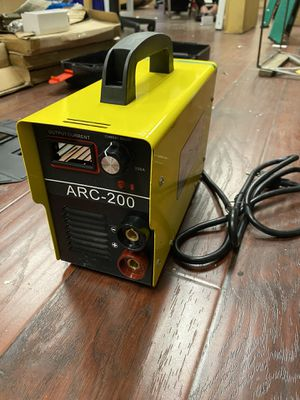 Inverter arc welder with case and mask for Sale in Los Angeles, CA