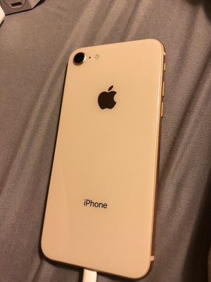 iPhone 8 ROSE GOLD (64GB) Verizon Unlocked - ready to use for Sale in Long Beach, CA