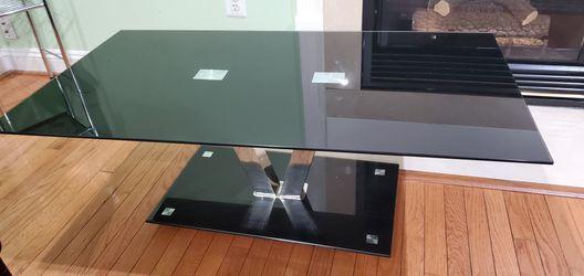 Nice Black Glass Coffee Table for Sale in Herndon,  VA