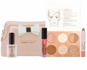 Manna Kadar 5-piece beauty gift set for Sale in Bloomington, CA