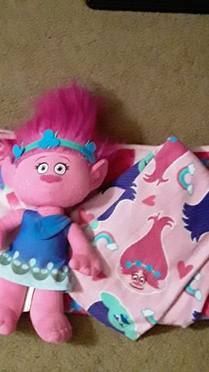 Trolls set for Sale in Miami, FL